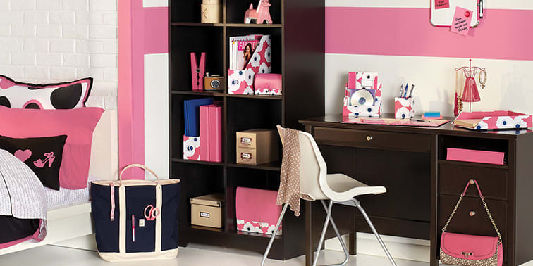 The Fashionista Trendsetter: Style Your Dorm Room