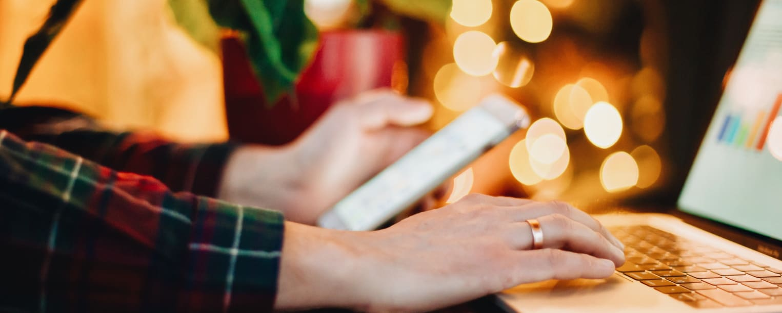The Newest Holiday Shopping Trends for 2018 and How to Score Deals!
