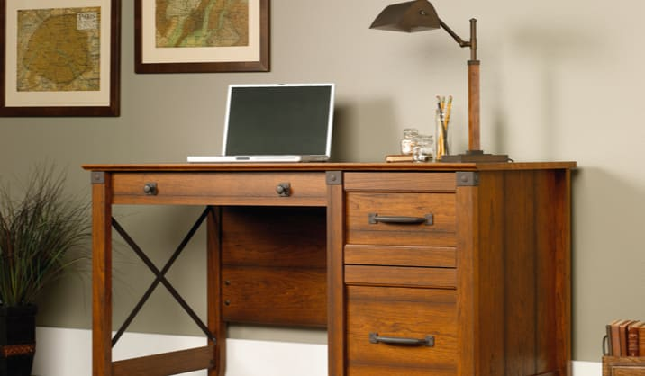 Farmhouse / Country Desks