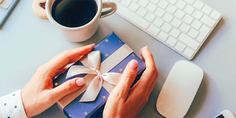 Gift Ideas for Hybrid and Remote Workers
