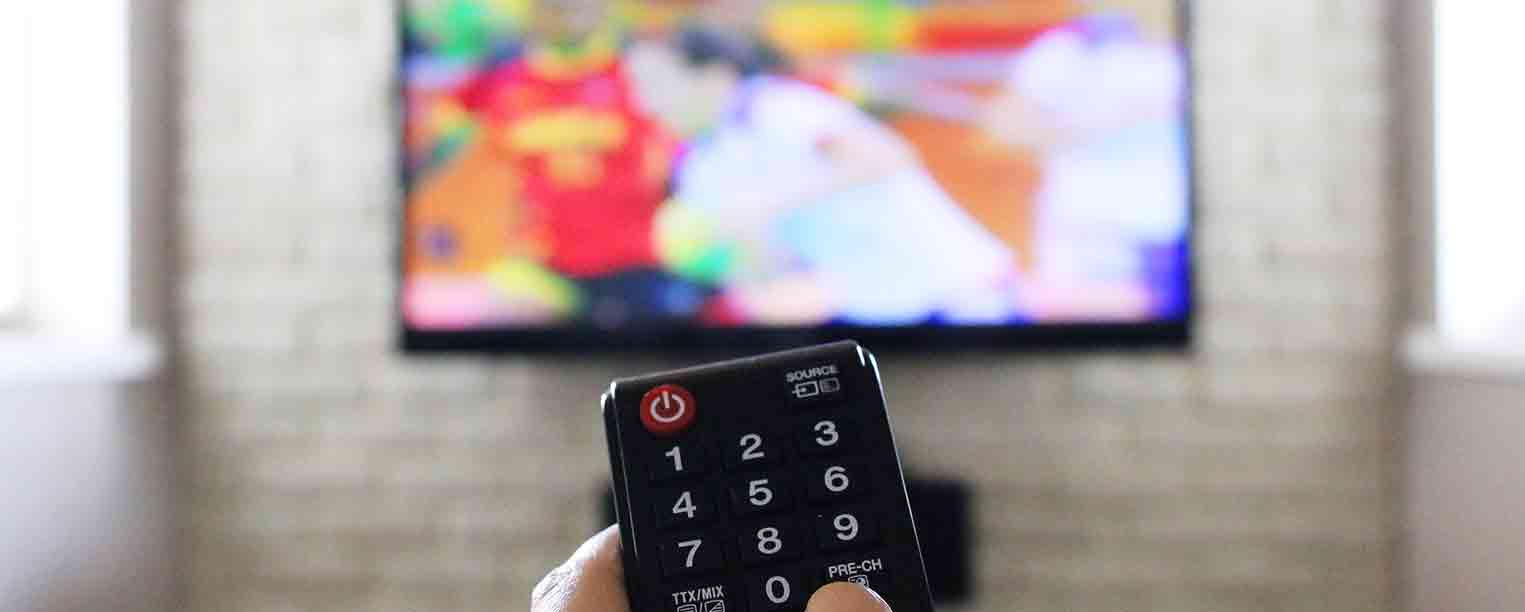 Top TVs Features and Extras for Game Day