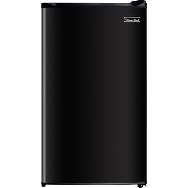 Magic Chef 3.5 cu. ft. Mini Refrigerator - 3.50 ft - Manual Defrost - 3.50 ft Net Refrigerator Capacity - Black - Wire Shelf