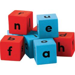 "Teacher Created Resources Foam Alphabet Dice, 3/4"", Blue/Red, 20 Dice Per Pack, Case Of 3 Packs"