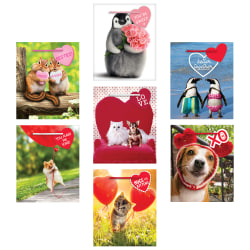 """Amscan Avanti Press Valentine's Day Small Gift Bags With Gift Tags, 5-1/2""""H x 4-1/2""""W x 2-3/4""""D, Multicolor, Pack Of 21 Bags"""