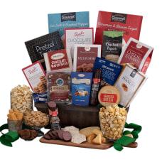 Gourmet Gift Baskets Deluxe Snack Gift
