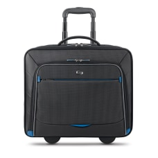 Solo Active 16 Rolling Overnighter Case
